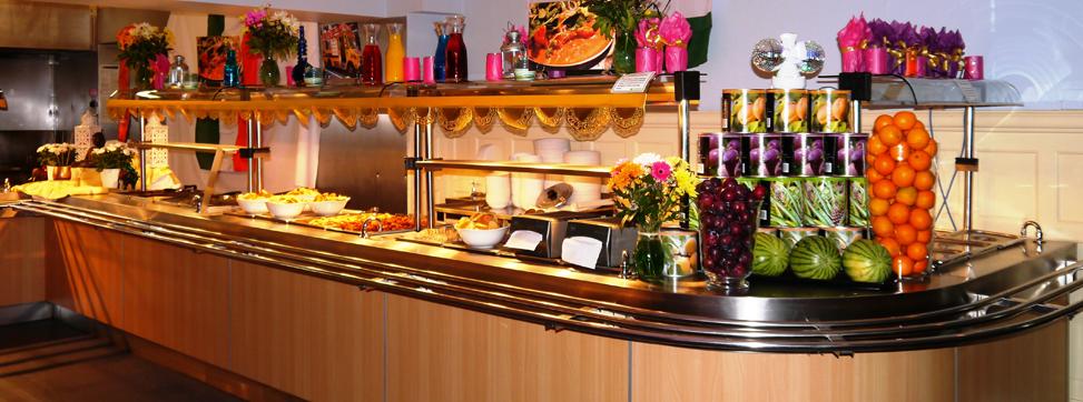 アメリカで寮生活だなんて、健康的な食事ができますか?