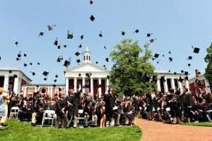 アメリカの大学の卒業後の進路について